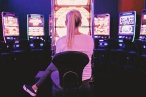 Prøv noget nyt med vennerne – spil casino online